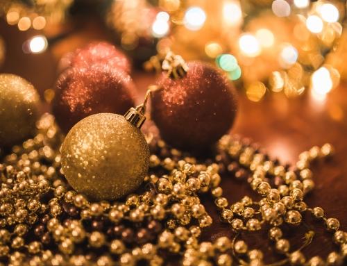 CHRISTMAS DRESSING